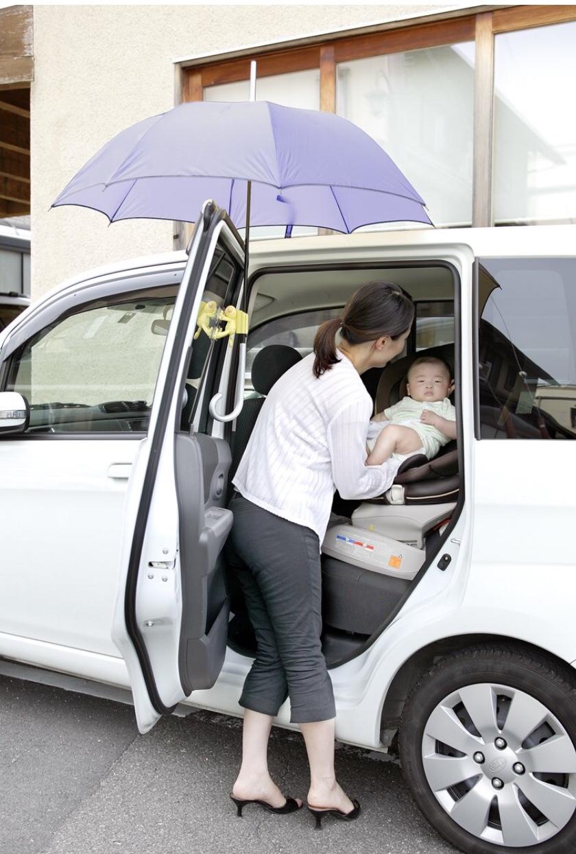 雨の保育所送迎…赤ちゃん連れのベストな雨対策